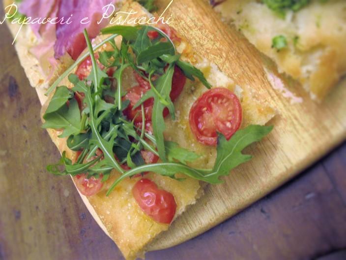 Pizza Pomodorini, Rucola e Parmigiano Reggiano
