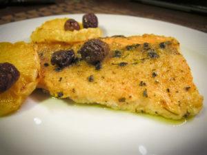 Filetti di Salmone con Olive ed Arancia